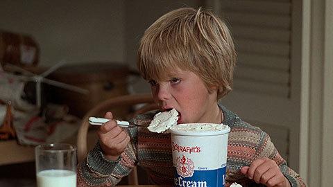 kramer-vs-kramer-movie-clip-screenshot-dont-eat-the-ice-cream_large