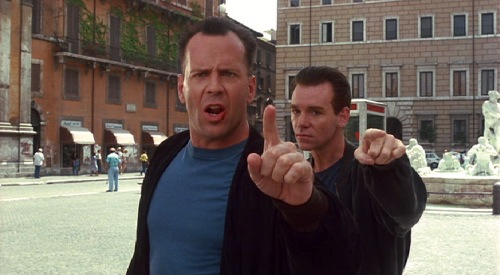 hudson-hawk-1991-bruce-willis-david-caruso-pic-3