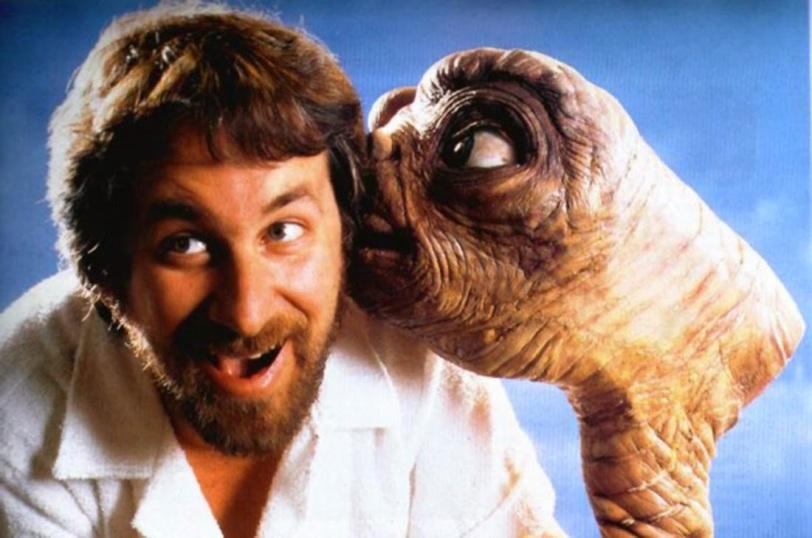 Spielberg ET kiss